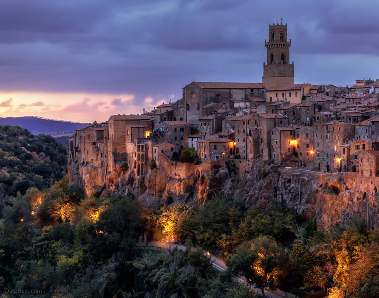 Pitigliano blue hour Photography tour to Tuscany 2020 Oleg Rest